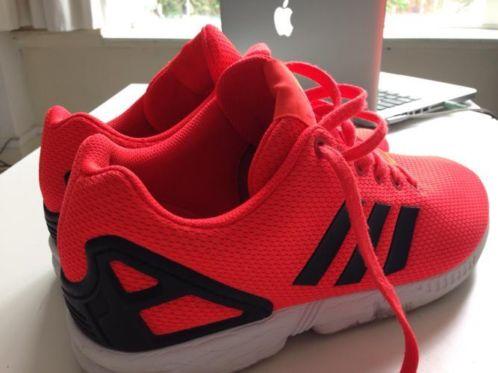 adidas zx flux zwart rood
